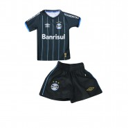 Kit Infantil Umbro Grêmio Oficial 4 2015 3G04005 132 Preto Azul Branco 04becc9f0372f