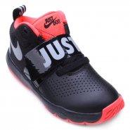 Tênis Juvenil Nike Team Hustler 8 AQ9977-001 Preto Laranja 06d654844e3d7