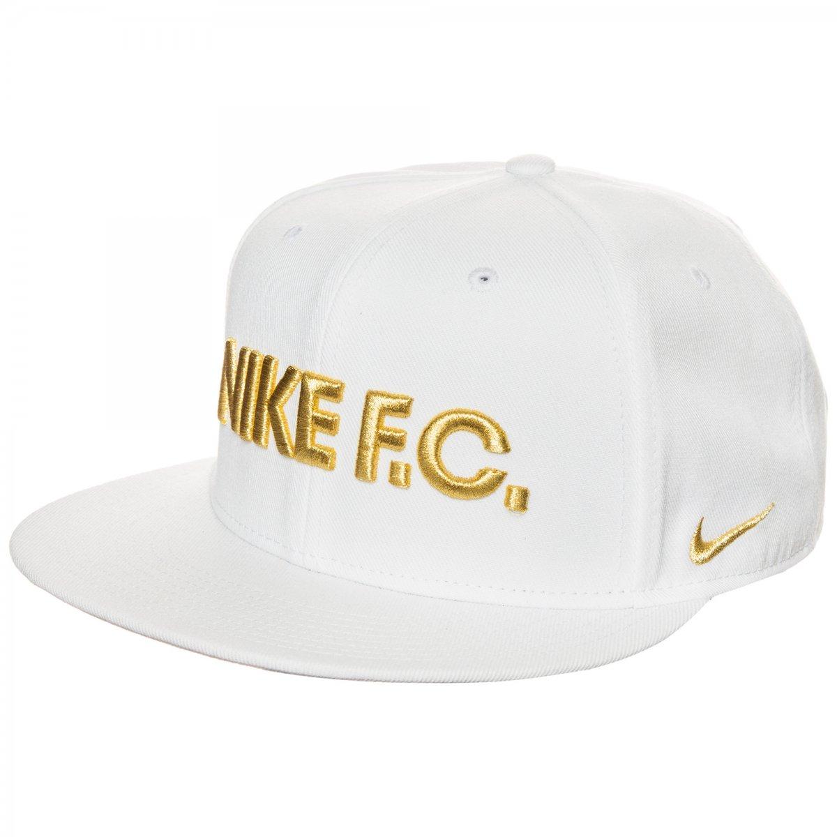 Boné Nike F.C True Snapback 728922-100 Branco Preto Dourado ed85b48bea6