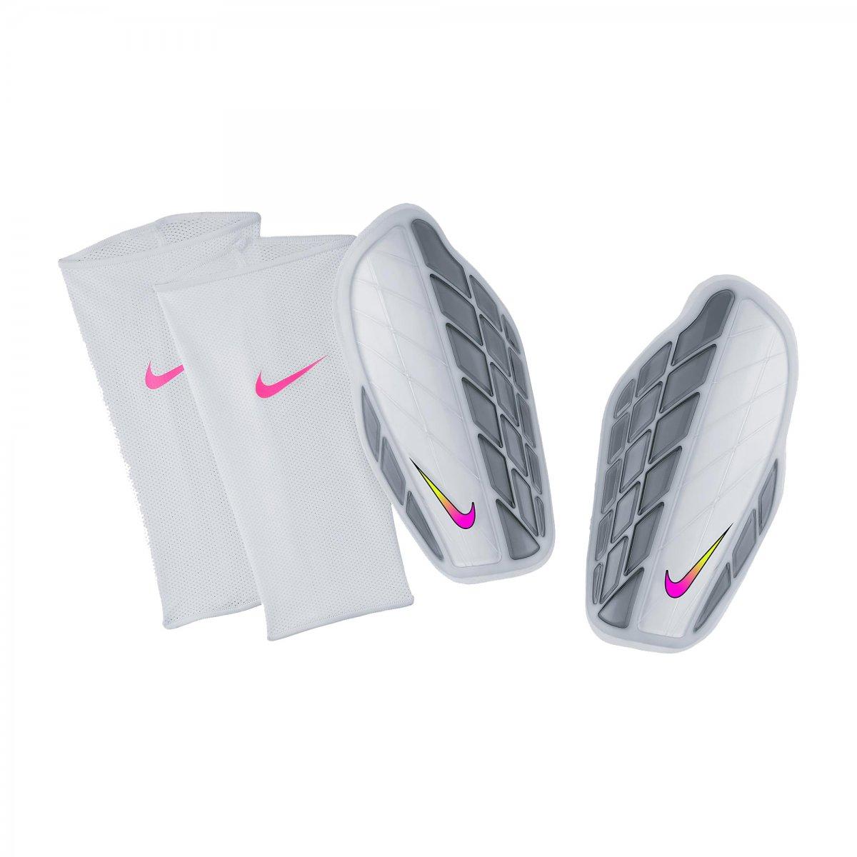 Caneleira de Futebol Nike Protegga Pro Sp0315-104 Branco Prata 5cc31a3311c41