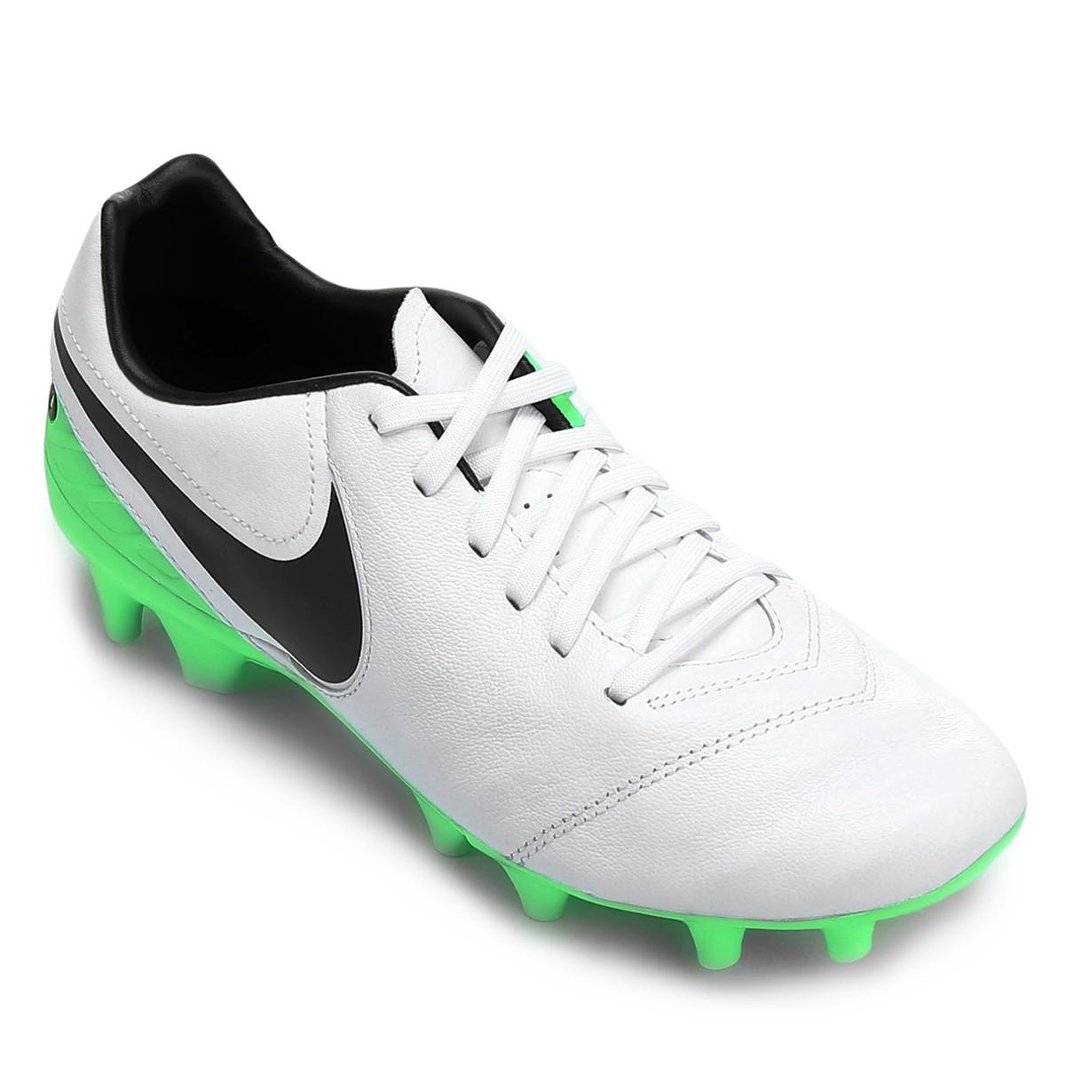 Chuteira Campo Nike Tiempo Mystic V FG 819236-103 - Branco Verde ... 7e6fe56566757