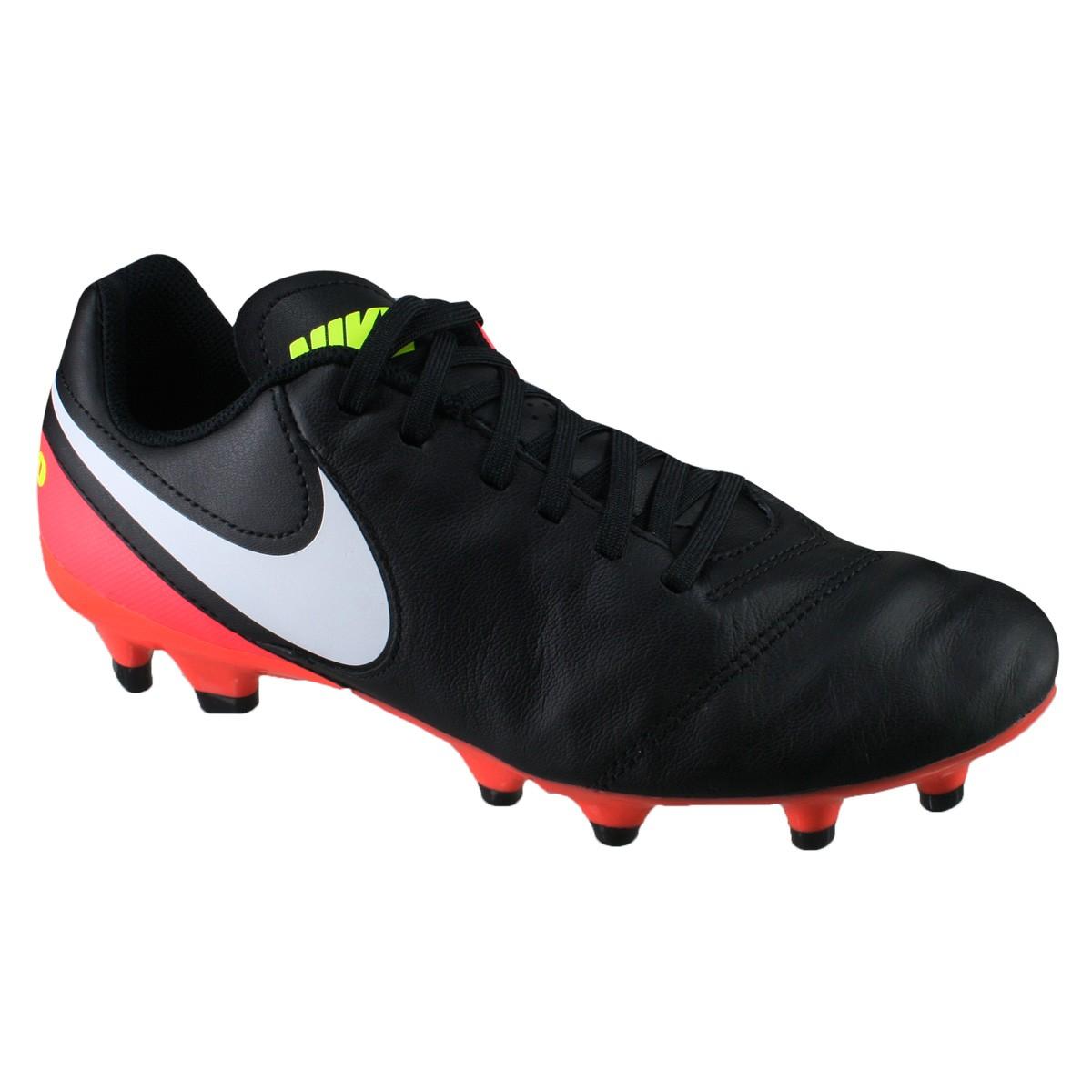 1e3354a41f Chuteira Nike Tiempo Genio II Leather FG 819213-018 - Preto Salmão ...