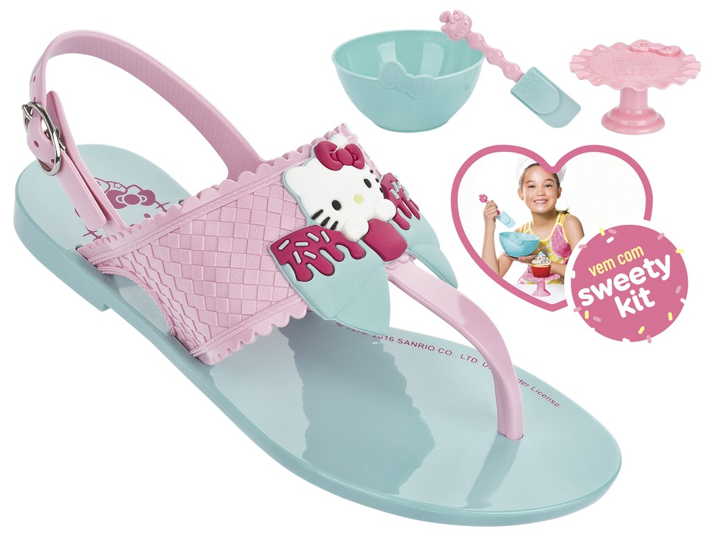 4958e59e3 Passe o mouse na imagem para ampliar Ampliar imagem. Sandália Infantil Grendene  Hello Kitty ...